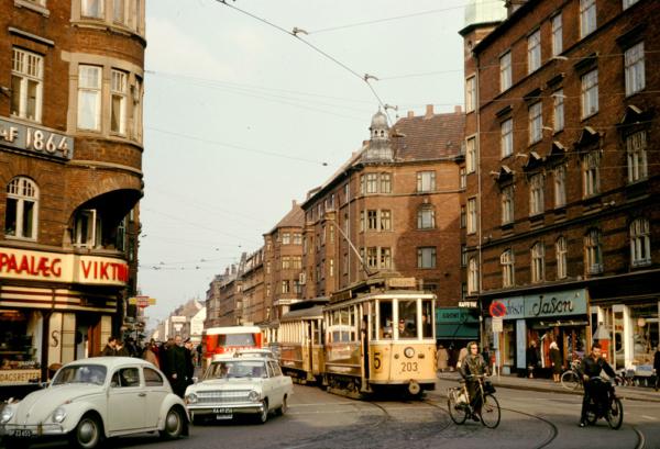 Holmbladsgade 1965, Th Sørensen